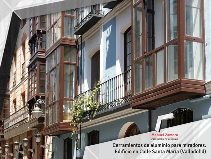 Terrazas miradores en calle Santa María